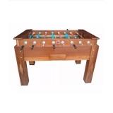 mesa de pebolim de madeira
